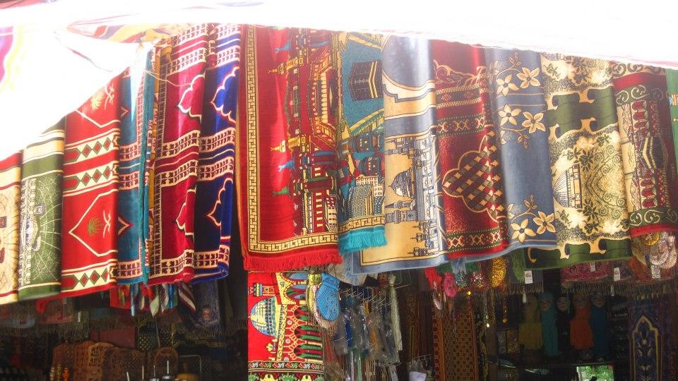... veils, carpets, scarves...